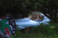 溪水中的祈福