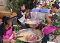 贵阳:粽子飘香文笔巷