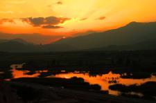 千姿湖看日出