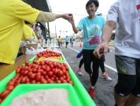 台湾第二届旗山香蕉路跑马拉松清晨开跑