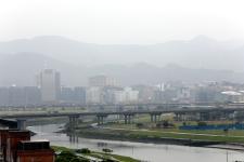 台湾空气质量持续亮起不良橘灯