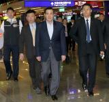 马英九深夜搭乘中华航空公司班机启程前往美国