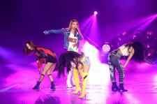 MAMAMOO在新庄体育馆举办演唱会